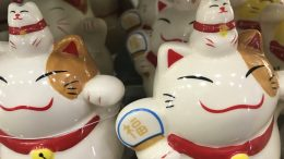 Ceramic cats at Daiso
