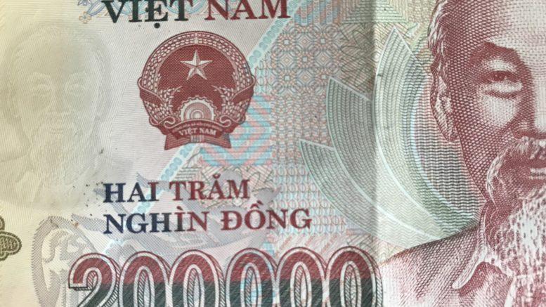 Vietnam 200,000 dong note